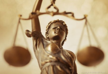 lady-liberty-scales-of-justice-h-1000